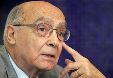 José Saramago faleceu esta manhã...