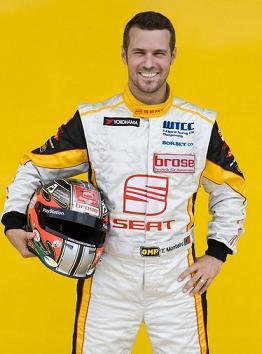 Tiago Monteiro continuará com o emblema da Seat ao peito...