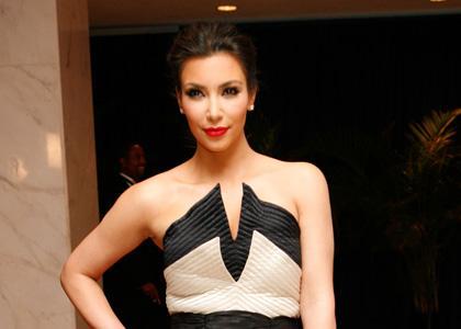 Kim jantar na casa branca the kardashians fans your for Decoracion casa kim kardashian