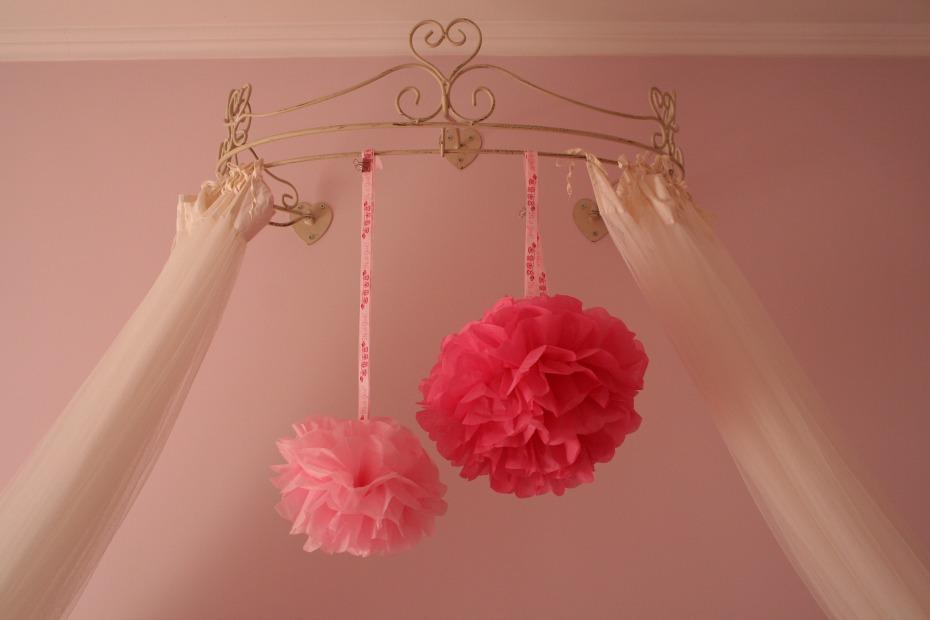 DIY - Como fazer pompons em papel de seda